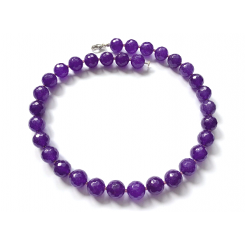 Nefriit violet.png